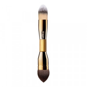 Кисть для нанесения и растушевки тона Tarte Double-Ended Camouflage Brush