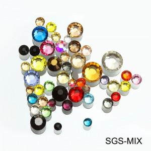 Стразы для декора Mix цветов и размеров 100 шт.